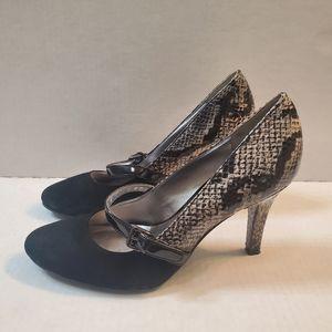 Anne Klein Snake Skin Heels Size 8